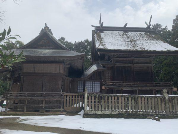 大神山神社横手